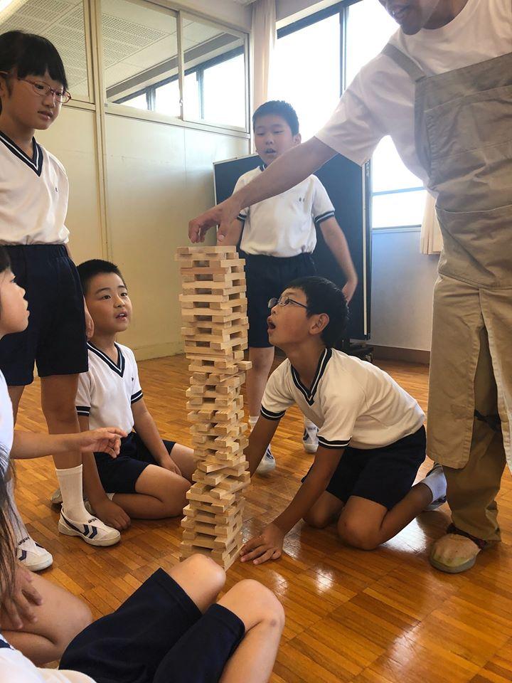 徳島文理小学校 社会科学習「木育教室」をおこないました!